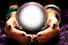 Sfera di cristallo e cristallomanzia